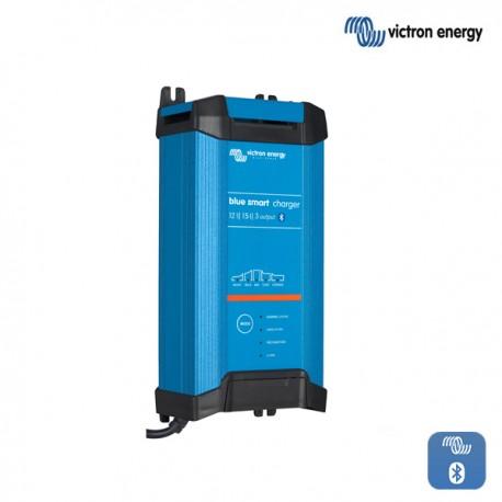 Polnilnik Victron Blue Smart  IP22 1215-3 s tremi izhodi