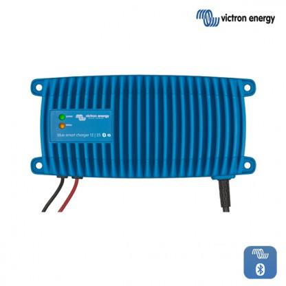 Vodotesni profesionalni polnilnik Victron Blue Smart  IP67 12-25 12V 25A